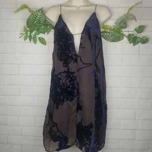 Audrey 3 + 1 burn out velvet dress size large